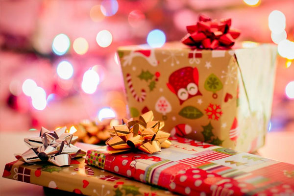 The-best-Christmas-gifts-for-employees-img
