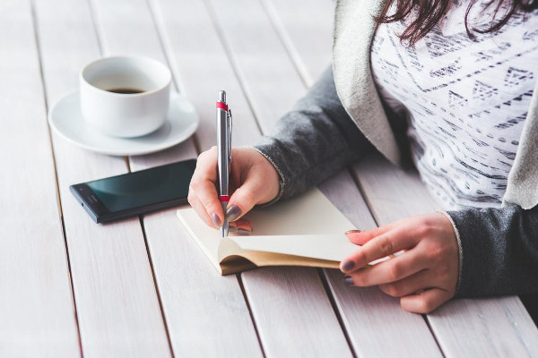 How HR Staff Can Improve Their Business Writing Skills
